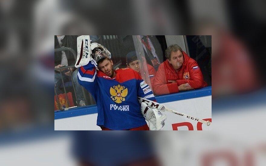 Войнов снова забивает, а Россия проигрывает финнам в матче Евротура