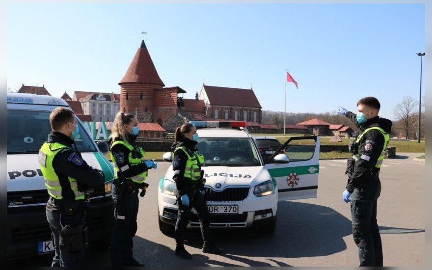 Полиция в Литве оштрафовала за нарушение карантина около 150 человек