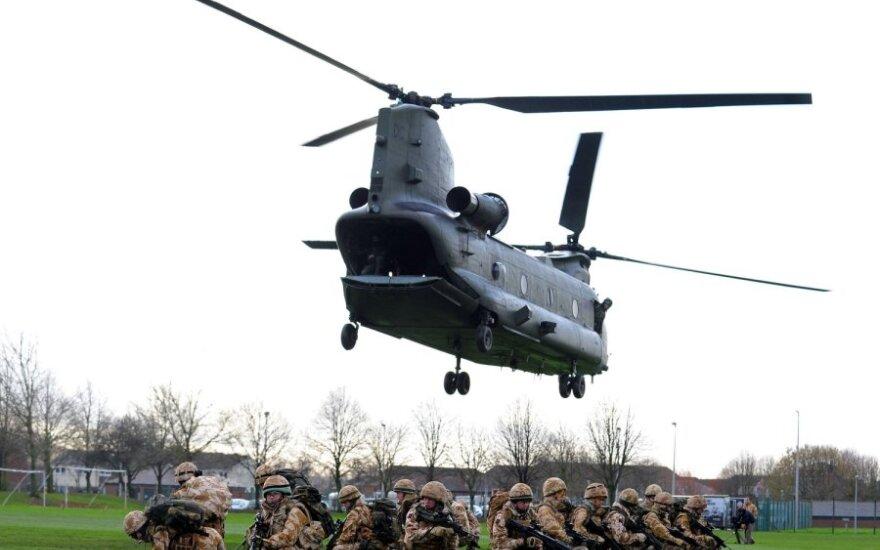 Britų kariai treniruojasi misijai Afganistane