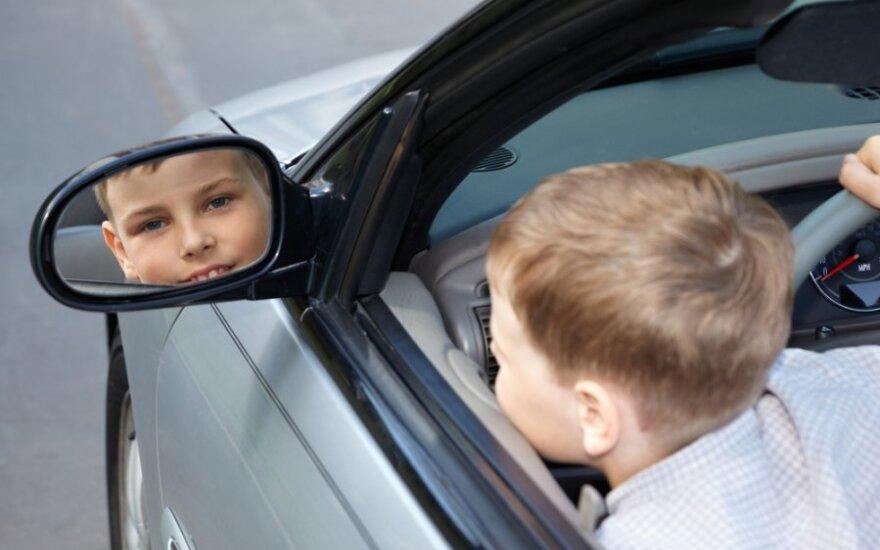 В Швеции четырехлетний мальчик угнал автомобиль