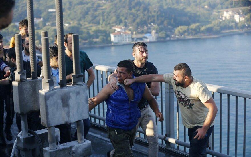 Греция обвинила бежавших из Турции офицеров в незаконном пересечении границы
