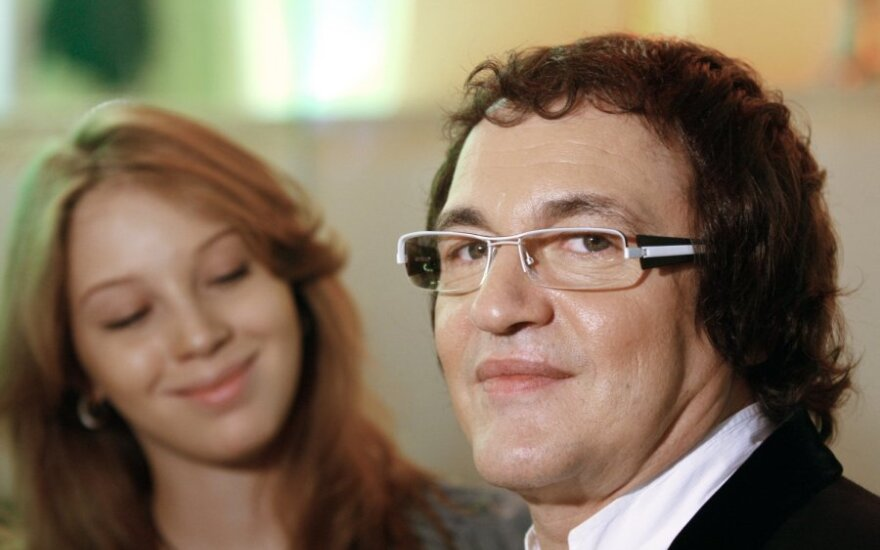 Жена родила Диброву третьего сына