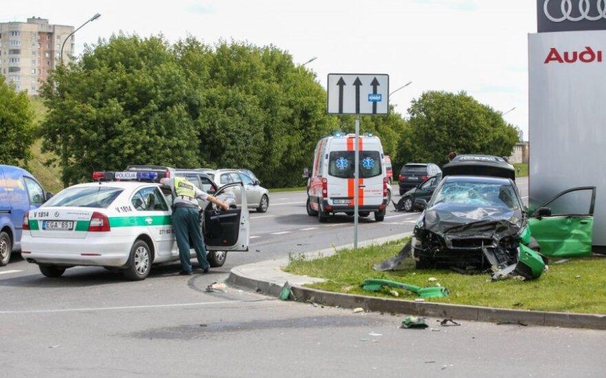 В ДТП на улице Укмергес попали Citroen и Volvo