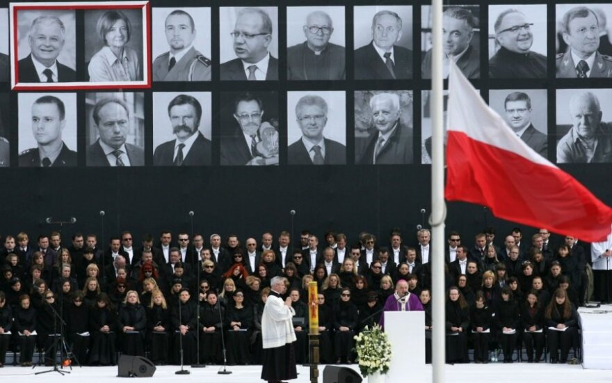 Польша возобновила расследование крушения самолета Качиньского