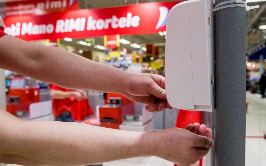 Коронавирус: насколько опасны поход в супермаркет и доставка на дом во время эпидемии?