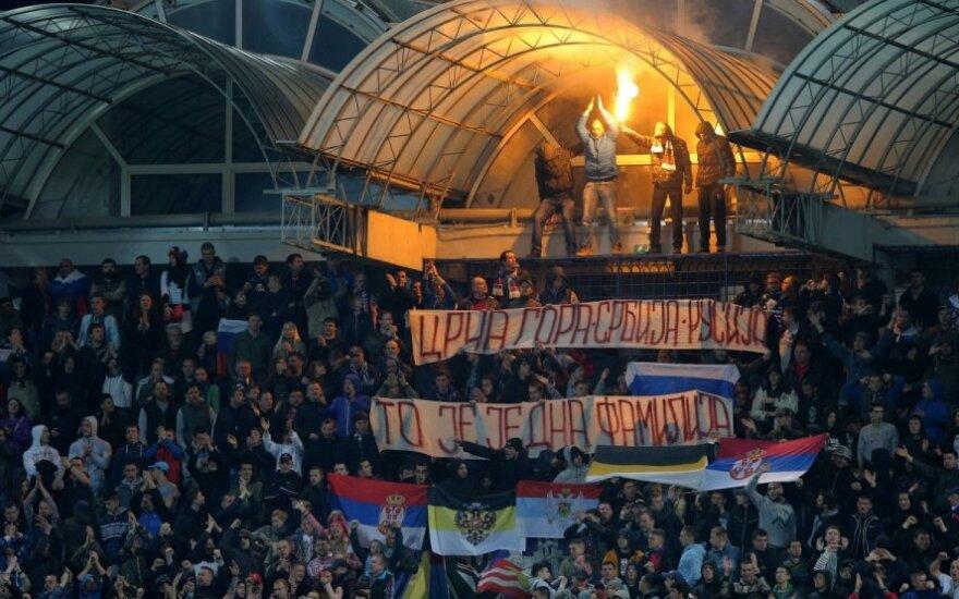 Fanai Juodkalnijos ir Rusijos rinktinių rungtynėse