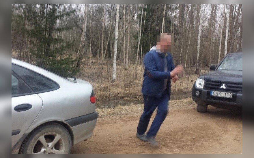 """Проехав по """"ежу"""", белорус оказал сопротивление сидевшим в засаде пограничникам"""