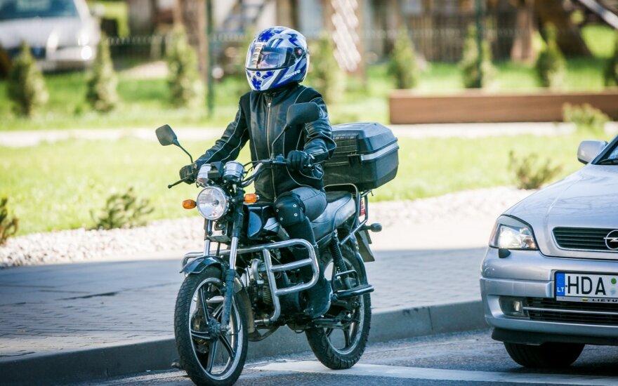 Правительство Литвы не одобрило предложение парламента разрешить управление мотоциклами водителями категории Б