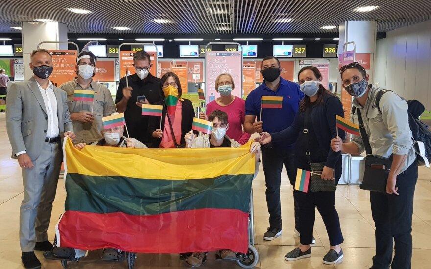 Из Венесуэлы прибыли первые литовцы