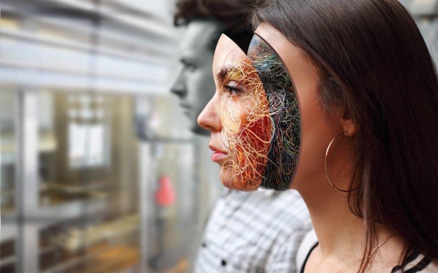 Ложь: привитые от коронавируса люди превращаются в биороботов