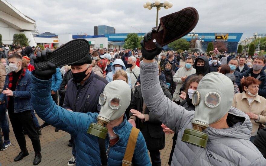 Šlepečių protestas Baltarusijoje