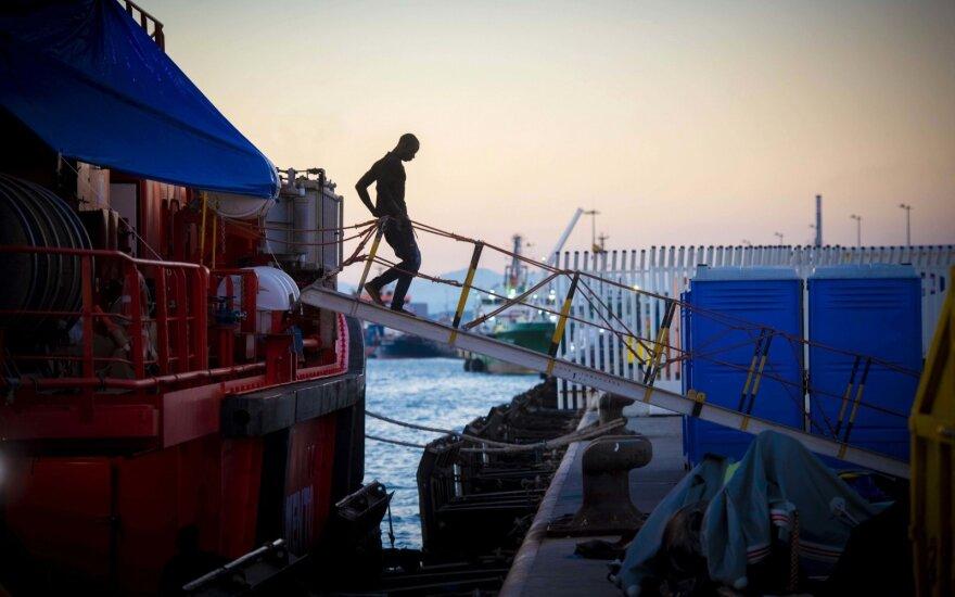 В Италии обвиняют НПО в пособничестве нелегальной миграции