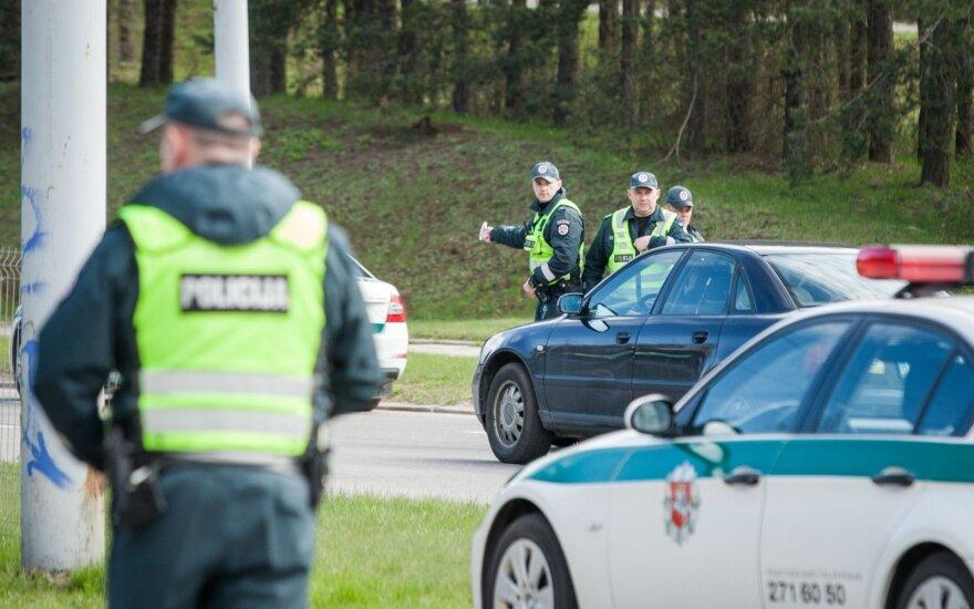 В Вильнюсе отличились водители Opel – и без прав, и пьяные