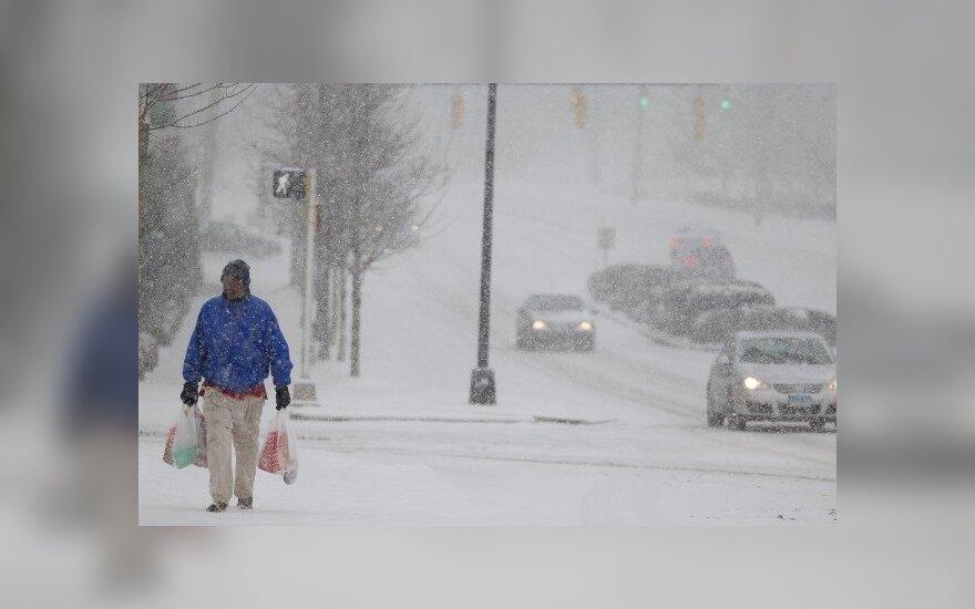 Снежная буря оставила без света 500 000 домов в США