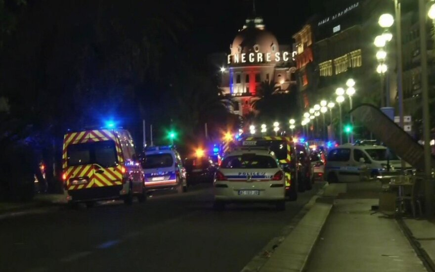 Свидетели теракта в Ницце: тела летали, как кегли в боулинге