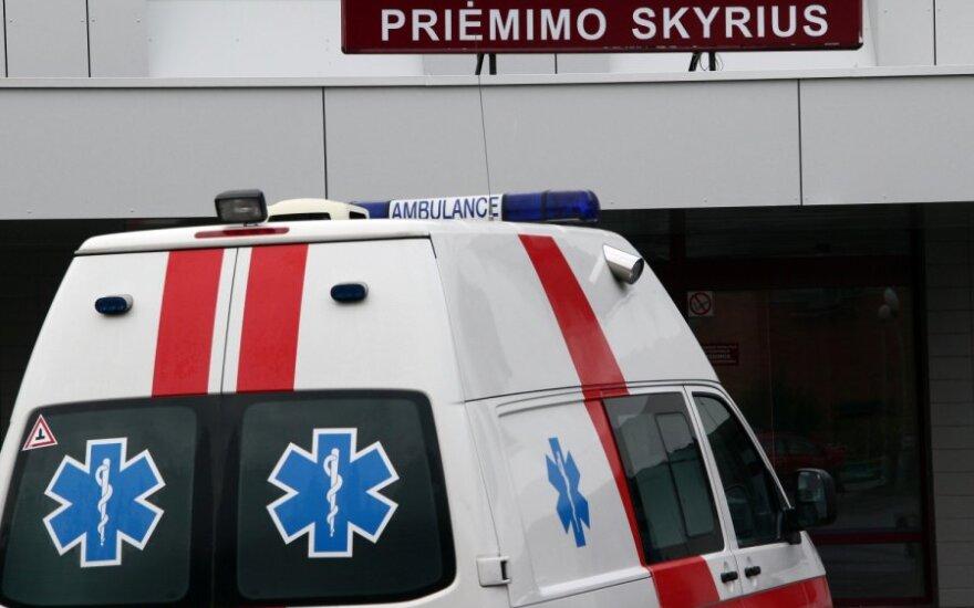 В Мариямпольскую больницу доставили выброшенного из фуры гражданина Беларуси