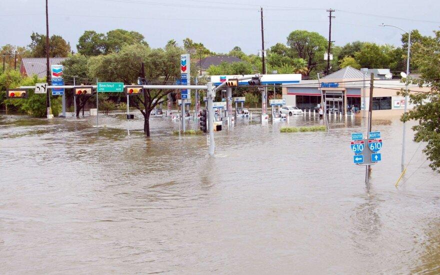 Из-за наводнения в Хьюстоне может взорваться химический завод