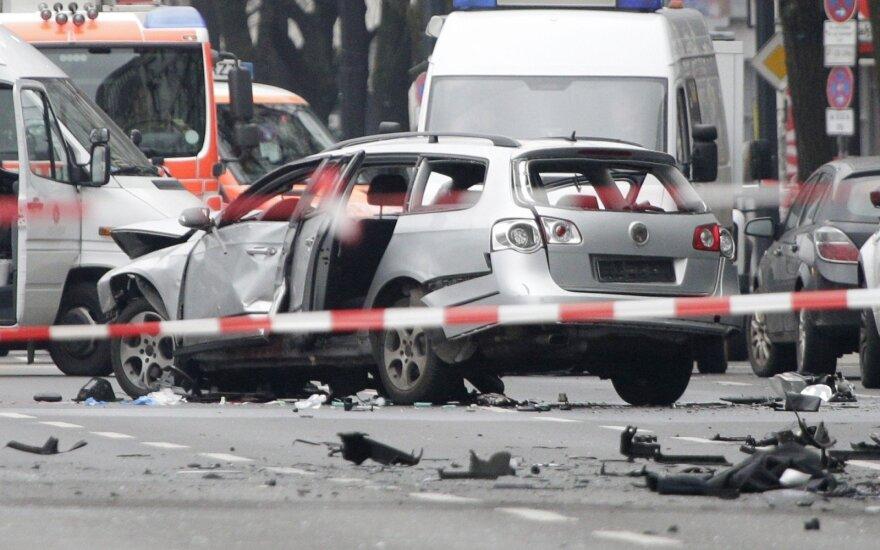 Полиция Берлина не считает взрыв автомобиля терактом