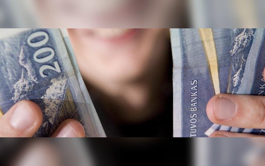 Литовцы больше всего денег получают из Великобритании, а высылают – в Россию