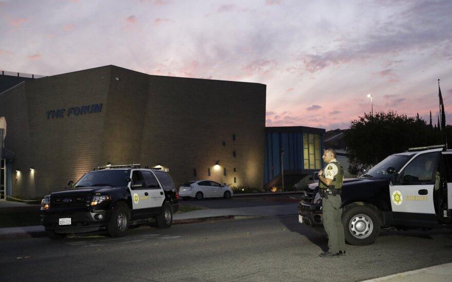 Kalifornijoje per šaudymą mokykloje žuvo du vaikai