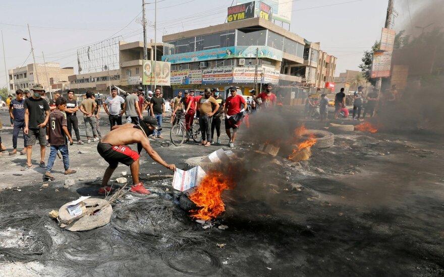 Kruvini protestai Irake pareikalavo aukų