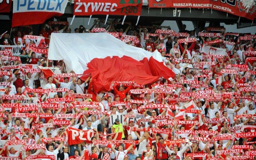 Polska - Czechy. Policja ostrzega. Mecz Belgia - Hiszpania odwołano