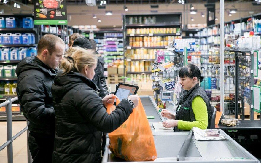 Опрос: запрет магазинам работать по воскресеньям поддерживает только четверть жителей Литвы