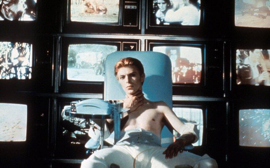 Посмертный клип Боуи провозгласил победу над смертью