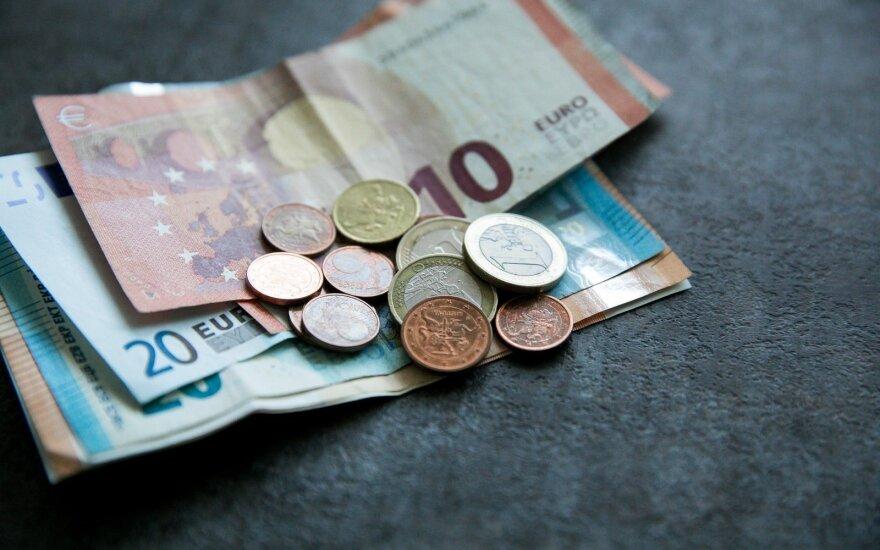 Повышение минимальной зарплаты изменит все: налоги, пособия, выплаты