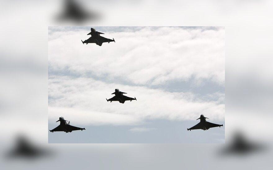 В 2010 году НАТО проведет в странах Балтии несколько учений