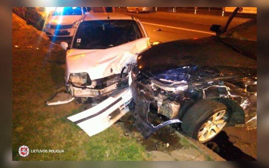 Гонка в Паневежисе: пострадал велосипедист, повреждены автомобилей