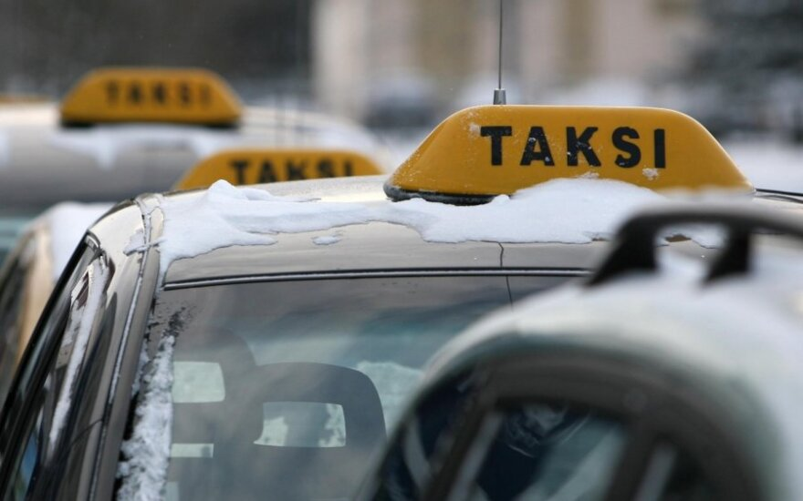 В Паневежисе пассажир обстрелял такси