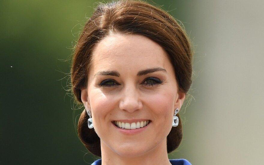 Принц Уильям ругается с Елизаветой II из-за Кейт Миддлтон