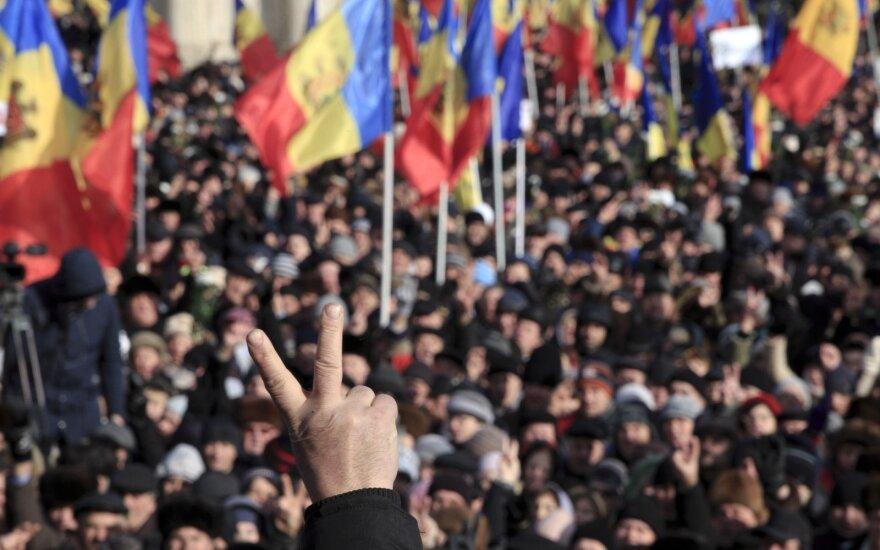 ВИДЕО: лидеры Демпартии Молдовы бежали из страны на чартерах и частных самолетах