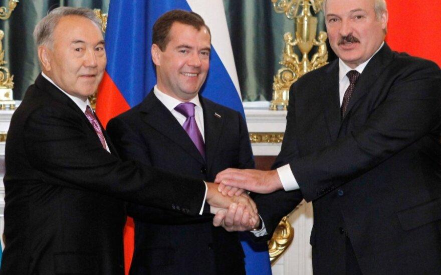 Nursultanas Nazarbajevas, Dmitrijus Medvedevas ir Aleksandras Lukašenka