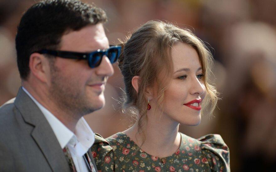 Собчак и Виторгана застукали вместе после скандала с разводом