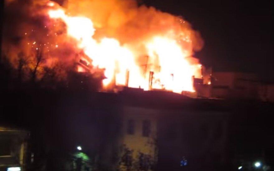 В Москве и Санкт-Петербурге большие пожары - есть жертвы