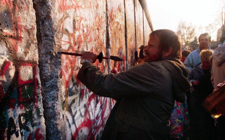 Лицо со шрамом. Корреспондент RusDelfi узнавал, какой след оставило падение Берлинской стены в сердцах немцев