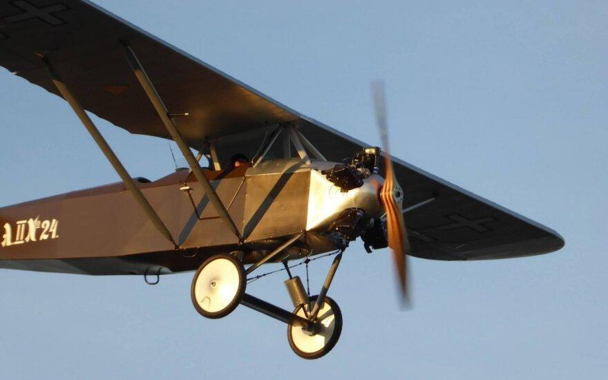 Немного истории: в небо поднялся легендарный литовский самолет