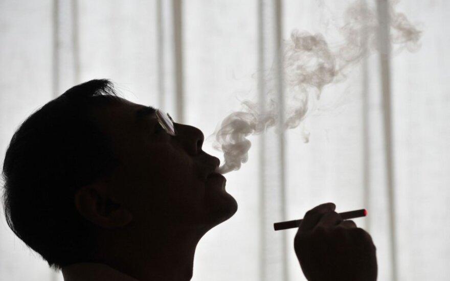 Из Калининграда прибыло 200 коробок контрабандных сигарет