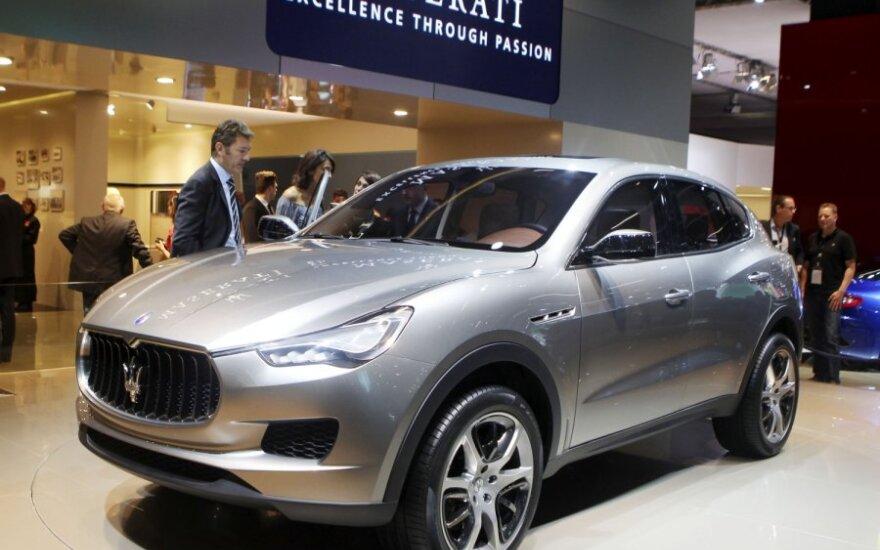 Внедорожник Maserati Kubang показали на ходу