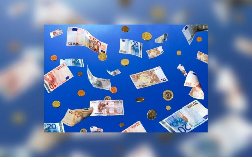 Газета: девальвация в Балтии невыгодна элите