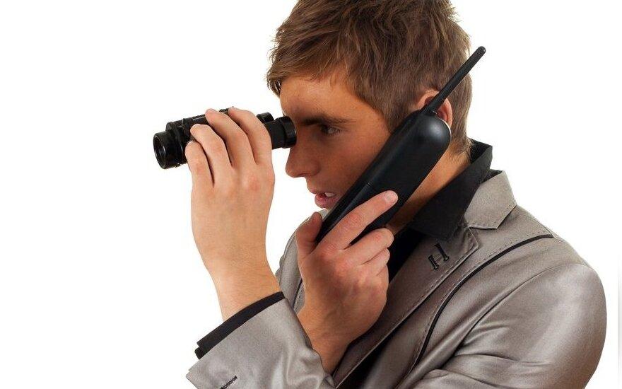 Setki tysięcy Polaków ma założony podsłuch w telefonie