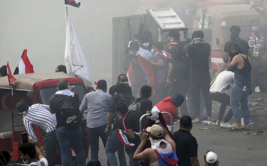 Irake tūkstančiai studentų ir moksleivių prisijungė prie antivyriausybinių protestų