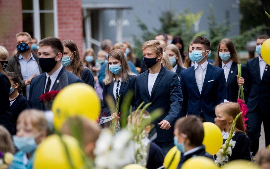 Такого 1 сентября в Литве еще не было: некоторые дети будут учиться дома, учителя боятся штрафов