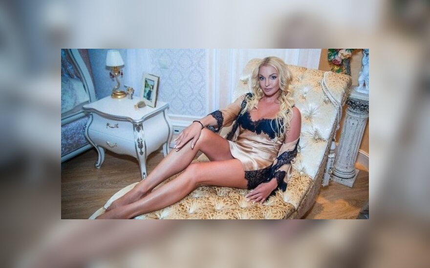 Шик, блеск, вензеля: роскошный дом Анастасии Волочковой