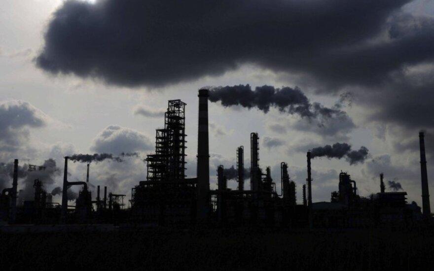 Беларусь понижает экспортные пошлины на нефть и нефтепродукты