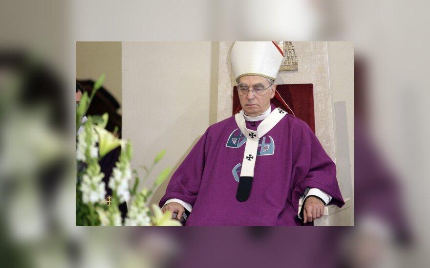 Кардинал Бачкис извинился?