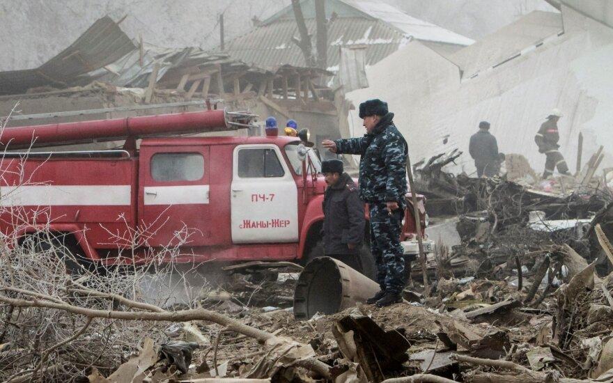 """Власти Киргизии подтвердили гибель 38 человек при крушении """"Боинга"""""""