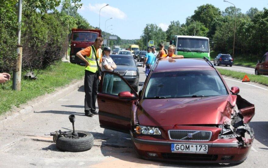 Сломавшийся Volvo попал в ДТП